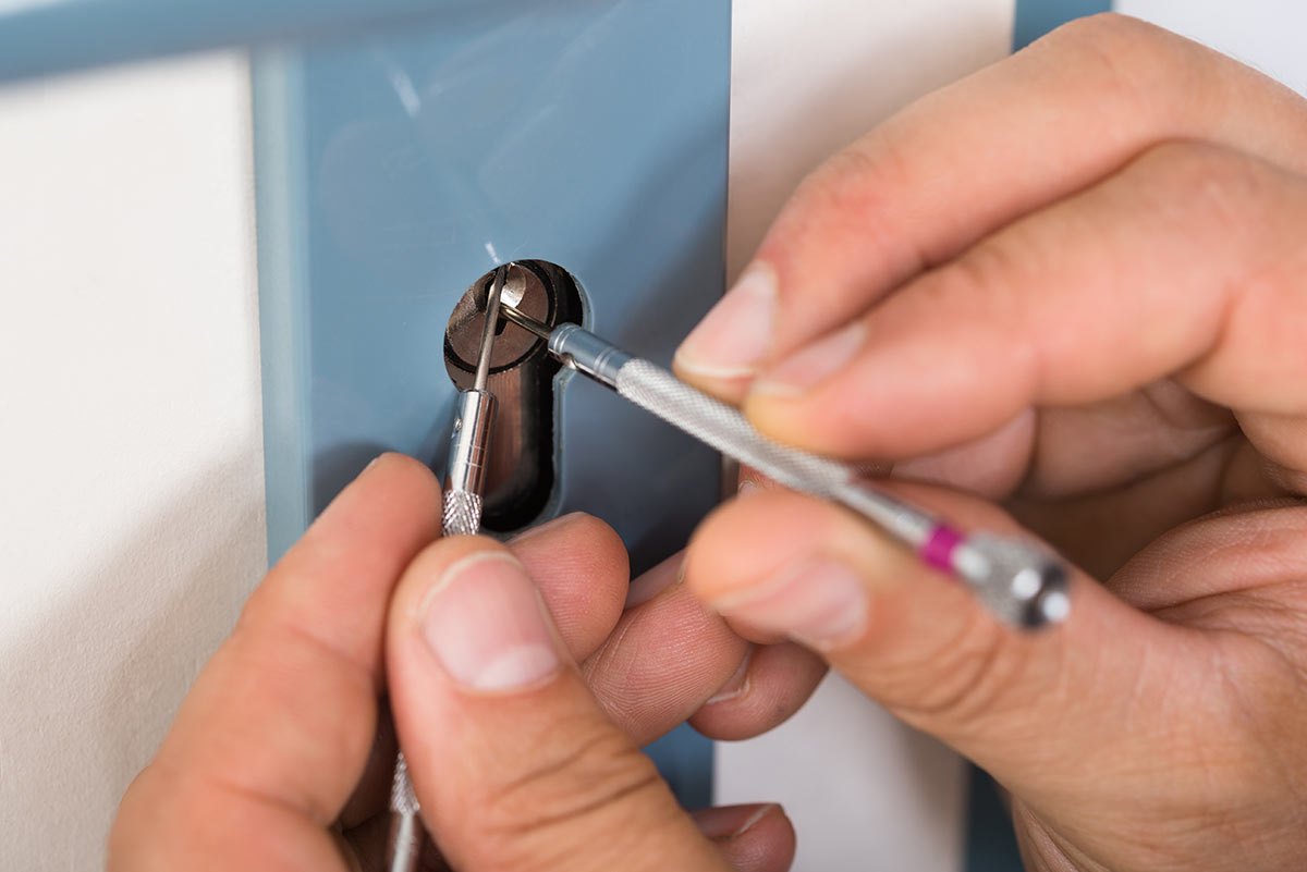 Get The Fastest And Reliable Locksmith Services